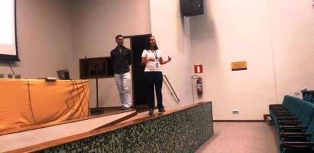 1-Ronália-e-Olavo-durante-palestra-sobre-segregação-de-resíduos